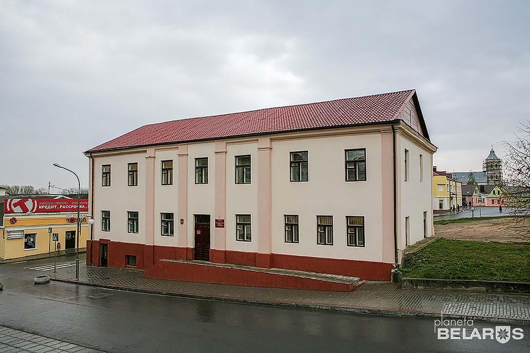 слонимская ратуша.jpg